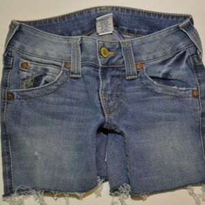 True Religion cut off shorts size 26  (6949)